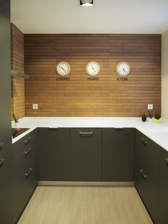 Mira az design interiorismo for Imitacion azulejos cocina